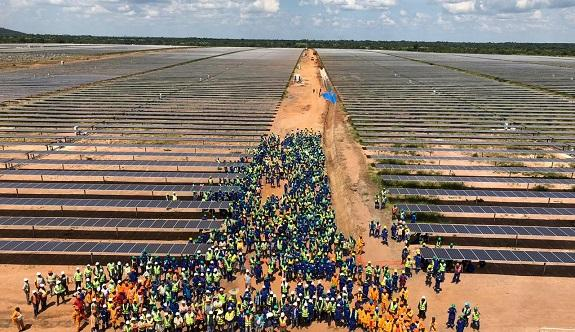 Mozambique's First Large-scale Solar Plant image